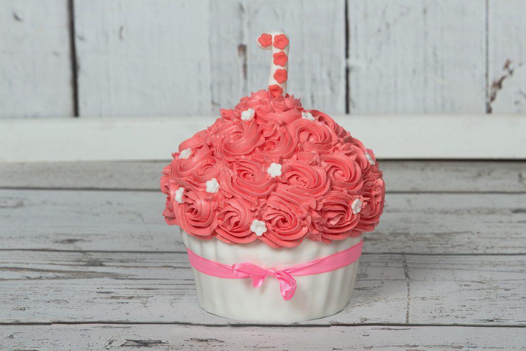 roze smash cake